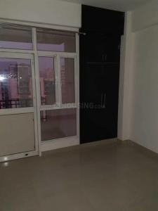 Gallery Cover Image of 1295 Sq.ft 3 BHK Apartment for rent in Noida Extension for 8000