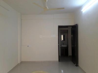 Gallery Cover Image of 600 Sq.ft 1 BHK Apartment for rent in Goregaon West for 25000