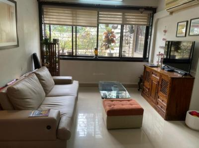 Gallery Cover Image of 1800 Sq.ft 3 BHK Apartment for buy in S Raheja Jal Kiran CHS, Cuffe Parade for 82500000