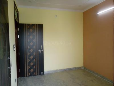 Gallery Cover Image of 500 Sq.ft 1 BHK Apartment for rent in Manglapuri for 11000
