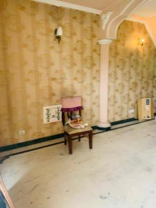 Gallery Cover Image of 1500 Sq.ft 3 BHK Villa for buy in Sector 19 for 15000000