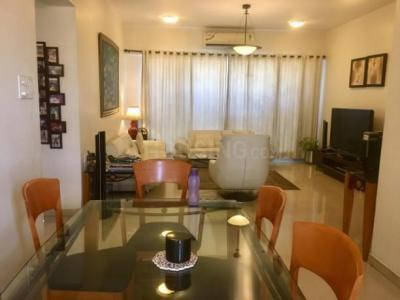 Gallery Cover Image of 2200 Sq.ft 4 BHK Apartment for rent in Bandra East for 200000