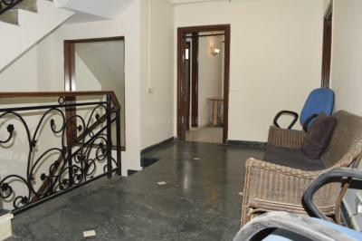 Gallery Cover Image of 2100 Sq.ft 4 BHK Independent House for rent in DLF Phase 2 for 110000