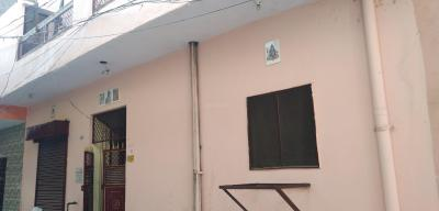 Gallery Cover Image of 500 Sq.ft 2 BHK Independent House for rent in Shastri Nagar for 5200