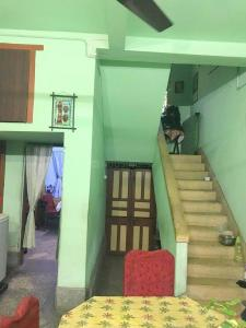 Gallery Cover Image of 1400 Sq.ft 2 BHK Independent House for buy in Shibpur for 8000000