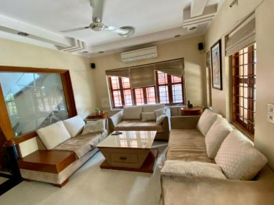 Gallery Cover Image of 3645 Sq.ft 4 BHK Independent House for buy in Vastrapur for 50000000