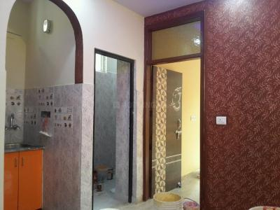 Gallery Cover Image of 360 Sq.ft 1 BHK Independent Floor for rent in Mandawali for 7500