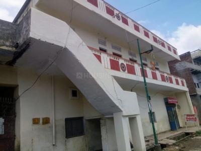 Gallery Cover Image of 5000 Sq.ft 3 BHK Independent House for buy in VCJ Sai Niwas, Husainabad for 65000000