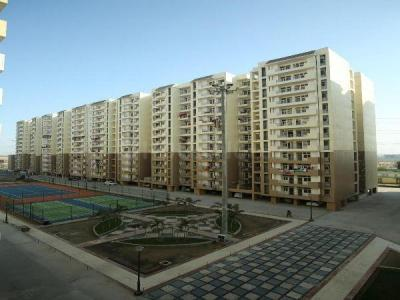 Gallery Cover Image of 1275 Sq.ft 3 BHK Apartment for rent in Bhopura for 9500