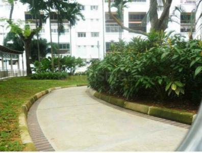 Gallery Cover Image of 1500 Sq.ft 3 BHK Apartment for rent in Kharadi for 32000