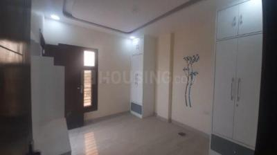 Gallery Cover Image of 750 Sq.ft 3 BHK Independent Floor for buy in Sector 23 Rohini  for 5450000