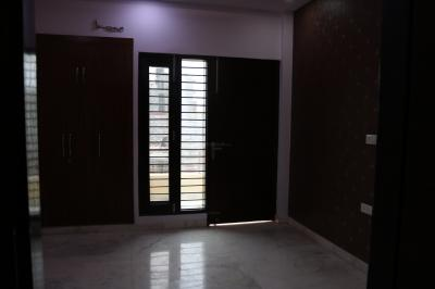 Gallery Cover Image of 1550 Sq.ft 3 BHK Independent Floor for buy in Mod Floors 2, Sector 75 for 6800000