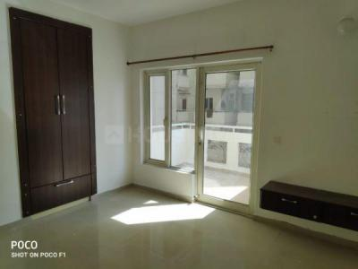 Gallery Cover Image of 2040 Sq.ft 3 BHK Apartment for rent in SPR Imperial Estate, Sector 82 for 17000