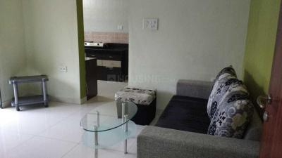 Gallery Cover Image of 620 Sq.ft 1 BHK Apartment for rent in Amanora Future Towers, Hadapsar for 18000