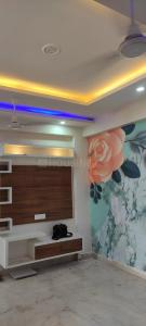 Gallery Cover Image of 1325 Sq.ft 3 BHK Apartment for buy in Pristine Homes, Noida Extension for 3200000