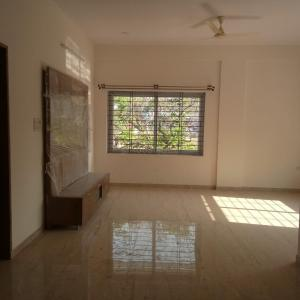 Gallery Cover Image of 1500 Sq.ft 3 BHK Apartment for rent in Indira Nagar for 45000