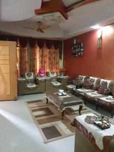 Gallery Cover Image of 1800 Sq.ft 4 BHK Independent Floor for buy in Sahibabad for 7200000