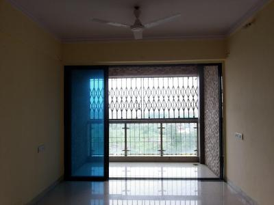 Gallery Cover Image of 1217 Sq.ft 3 BHK Apartment for rent in Thane West for 25000