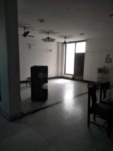 Gallery Cover Image of 1500 Sq.ft 3 BHK Independent Floor for rent in Sector 21 for 35000