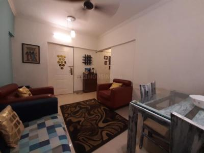 Gallery Cover Image of 610 Sq.ft 1 BHK Apartment for rent in Goregaon East for 24000