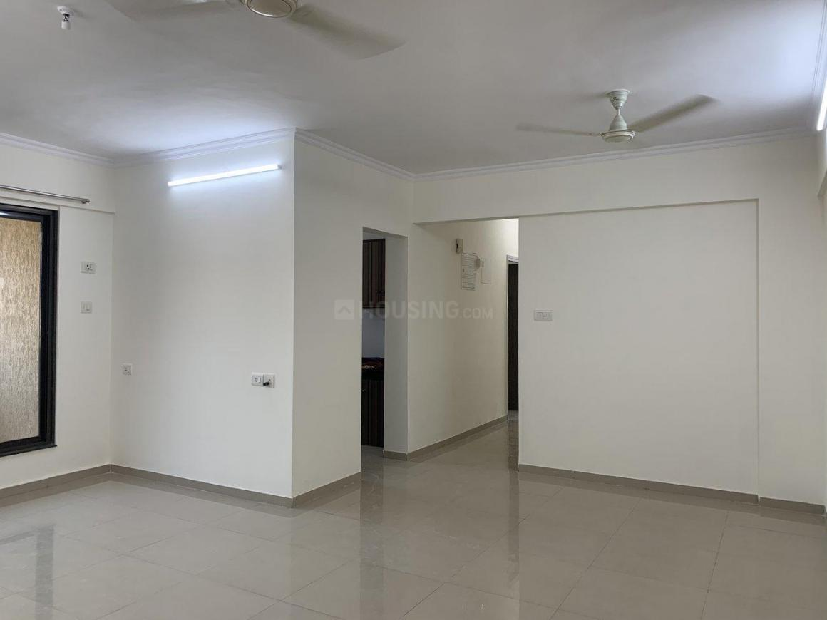 Living Room Image of 1250 Sq.ft 3 BHK Apartment for rent in Nirmal Polaris B 20 21, Mulund West for 42000