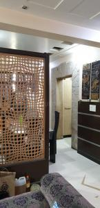Gallery Cover Image of 1700 Sq.ft 3 BHK Apartment for buy in Vigyapan Lok Apartment , Mayur Vihar Phase 1 for 31000000