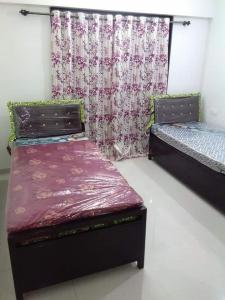 Bedroom Image of Crescent Residency in Andheri East