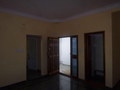 Gallery Cover Image of 800 Sq.ft 2 BHK Independent Floor for rent in Thotada Guddadhalli Village for 10000