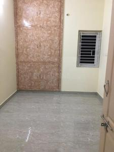 Gallery Cover Image of 1000 Sq.ft 2 BHK Apartment for rent in Ambattur for 12000