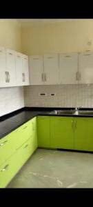 Gallery Cover Image of 2000 Sq.ft 3 BHK Independent Floor for rent in H - Block, Sector 48, Sector 48 for 30000