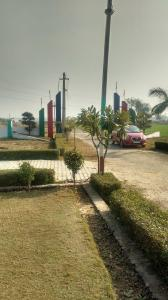Gallery Cover Image of  Sq.ft Residential Plot for buy in Dasna for 200000