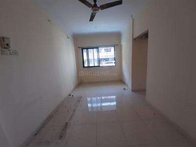 Gallery Cover Image of 800 Sq.ft 2 BHK Apartment for rent in Guru SimranHousing, Sanpada for 25000