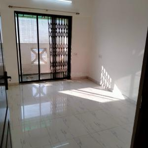 Gallery Cover Image of 1007 Sq.ft 2 BHK Apartment for rent in Cosmos Heritage, Thane West for 25000