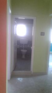 Gallery Cover Image of 835 Sq.ft 2 BHK Apartment for rent in Purbayan Apartment, Mukundapur for 20000