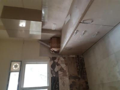 Gallery Cover Image of 1500 Sq.ft 3 BHK Independent Floor for rent in DLF Phase 3 for 45000