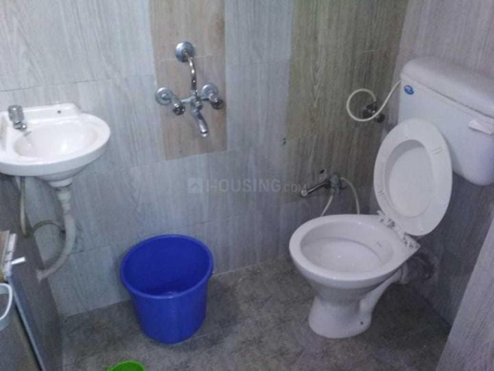 अंधेरी ईस्ट में गुरदीप प्रॉपर्टी में बाथरूम की तस्वीर