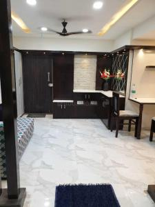 Gallery Cover Image of 1300 Sq.ft 2 BHK Apartment for rent in Basaveshwara Nagar for 45000
