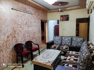 Gallery Cover Image of 1600 Sq.ft 3 BHK Apartment for buy in Tri Nagar for 13500000