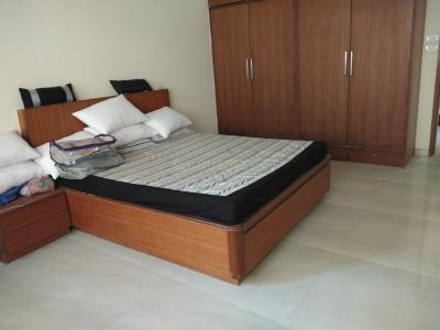 Gallery Cover Image of 1600 Sq.ft 3 BHK Apartment for rent in Bandra West for 100000