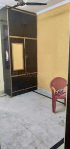 Gallery Cover Image of 300 Sq.ft 1 BHK Independent Floor for rent in Laxmi Nagar for 8500