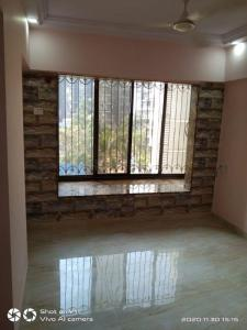 Gallery Cover Image of 630 Sq.ft 1 BHK Apartment for rent in Romell Empress, Borivali West for 22000