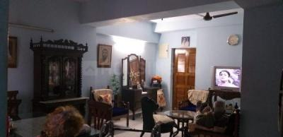 Gallery Cover Image of 1250 Sq.ft 3 BHK Apartment for rent in Hiland Park, Santoshpur for 26000