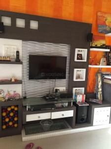 Gallery Cover Image of 1500 Sq.ft 3 BHK Apartment for rent in Hadapsar for 35000
