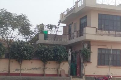 Gallery Cover Image of 2700 Sq.ft 2 BHK Independent House for rent in Ansal Golf Link 1, Ansal Golf Links 1 for 15000