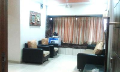 Gallery Cover Image of 850 Sq.ft 2 BHK Apartment for rent in Kandivali West for 35000