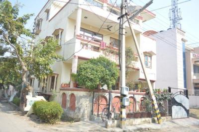 Gallery Cover Image of 656 Sq.ft 1 BHK Independent Floor for rent in Sector 7 for 9000