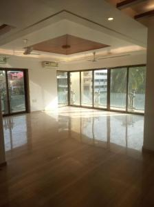 Gallery Cover Image of 1890 Sq.ft 4 BHK Apartment for rent in Khar East for 342000