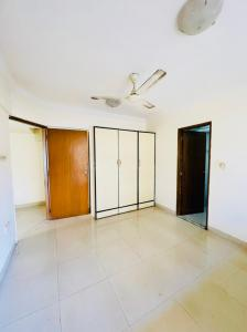 Gallery Cover Image of 3200 Sq.ft 3 BHK Apartment for rent in Jhulelal Apartment, Khar West for 135000