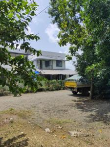 Gallery Cover Image of 1500 Sq.ft 4 BHK Independent House for buy in Kandanad for 6000000
