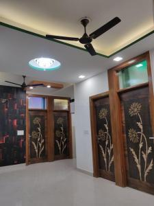 Gallery Cover Image of 1140 Sq.ft 4 BHK Apartment for buy in Uttam Nagar for 8300000